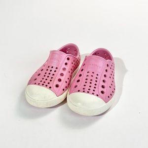 Toddler Native water shoe - iridescent pink